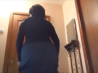 my mom show her ass