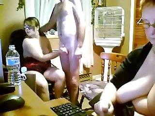 Spanish young and old threesome in kitchen webcam