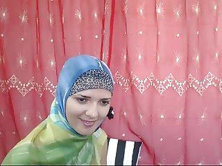 malak arabic girl on cam