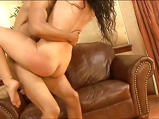 Brunette beauty with amazing ass takes skinny black guys cock up her box