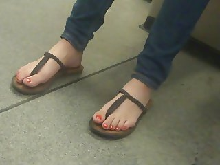 Toes in Thong Sandals