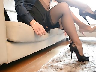 2 hot sexy secretary looking at tributes FF nylons