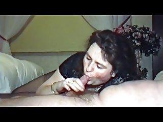 BBWife Verena blowjob in pantyhose and body