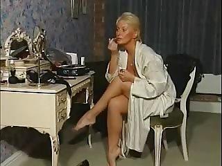 MILF Alexis Capaldi Boudoir Pamper