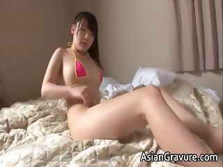 Cute japanese chick stripping and posing part1